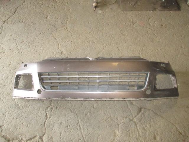 Бампер передний с отверстиями под омыватели Tuareg 2010-