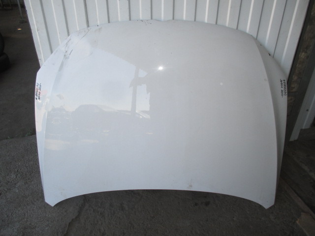 Капот VW Jetta 2011-