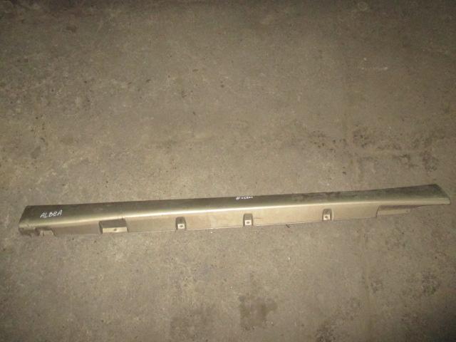Накладка на порог наружная левая Fiat Albea 2002-2012