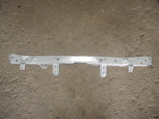 Панель крепления радиатора верхняя Nissan Juke 2011-