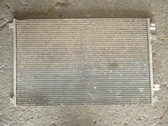 Радиатор кондиционера Renault Megane 2