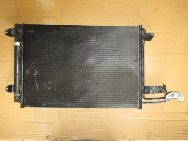 Радиатор кондиционера Skoda Octavia A5 2004-2013