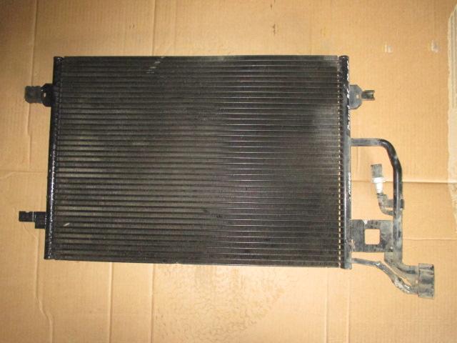 Радиатор кондиционера Volkswagen Passat B5 2000-2005
