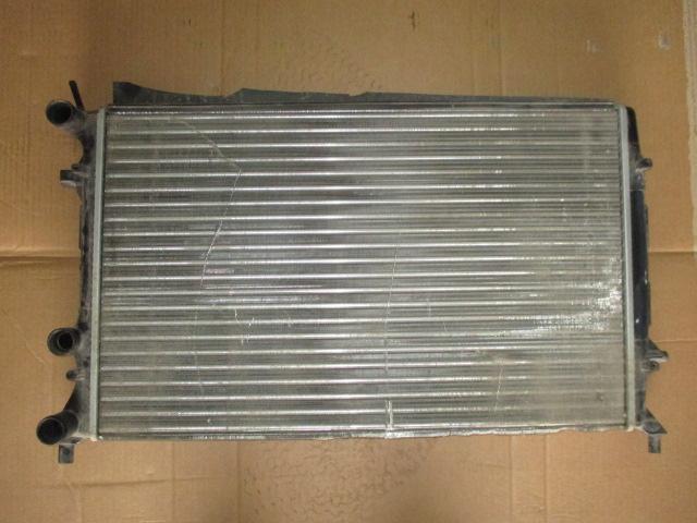 Радиатор основной VW Jetta 2011-