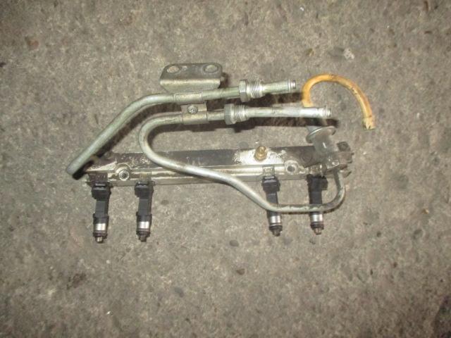 Рампа топливная ВАЗ 2107