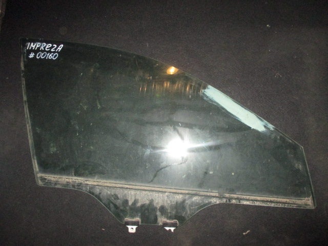 Стекло двери передней правой Impreza G12 2008-2011