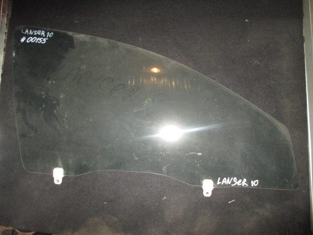 Стекло двери передней правой Lancer 10