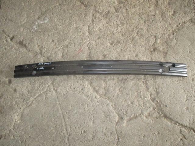 Усилитель переднего бампера Nissan Juke 2011-