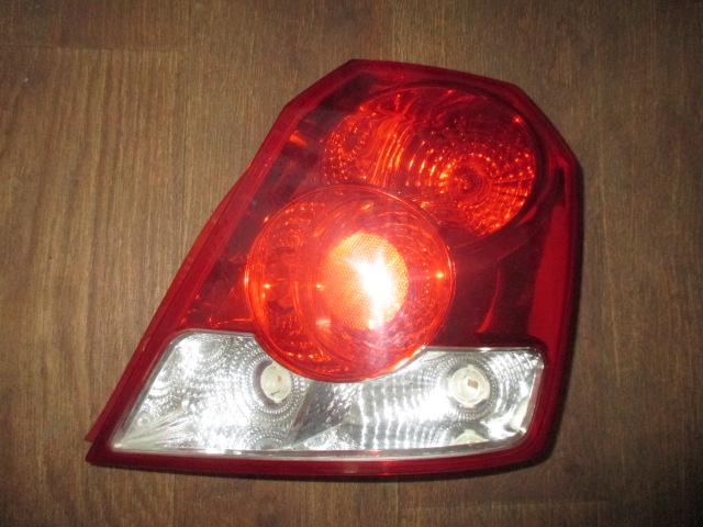 Фонарь правый хетчбек Chevrolet Aveo T200 2003-2008